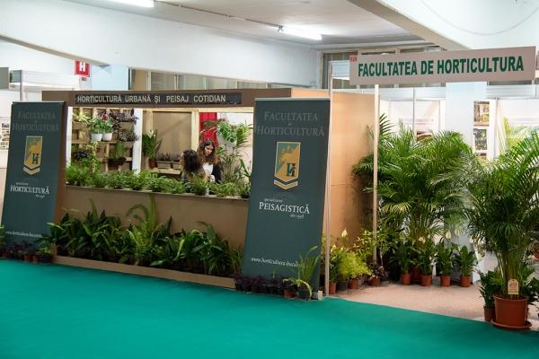 expo-flowers-and-garden-si-romenvirotec-2016-481E2835A-B812-AADE-D0C2-4FC88D5A1CF0.jpg